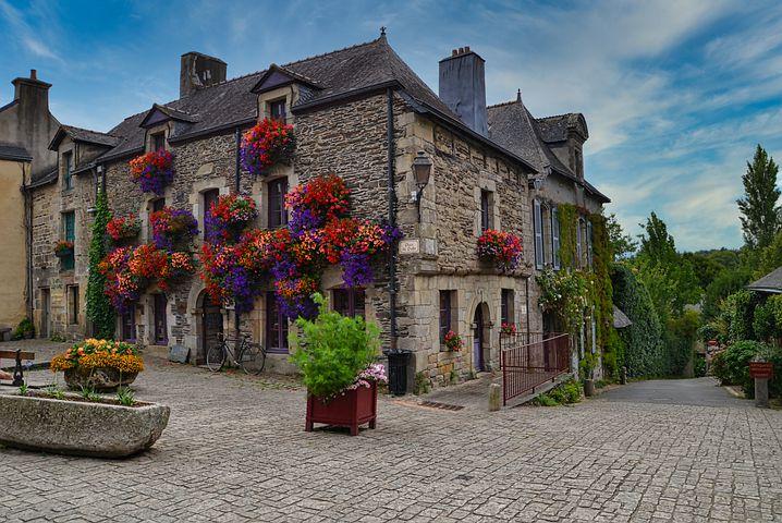 Organiser un séminaire à Morbihan, qui contacter ?
